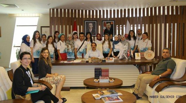 """16 Farklı Ülkeden Öğrenciler NEVÜ'de """"Türkçe"""" Öğreniyor"""