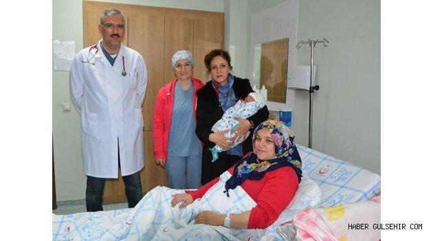 2017 Yılının İlk Bebeği Esila Bebeğe, Nevşehir Devlet Hastanesi'nde Ziyaret