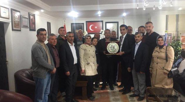 Ak Parti Gülşehir İlçe Yönetimi, Başkan Çiftçi'yi Ziyaret Etti.