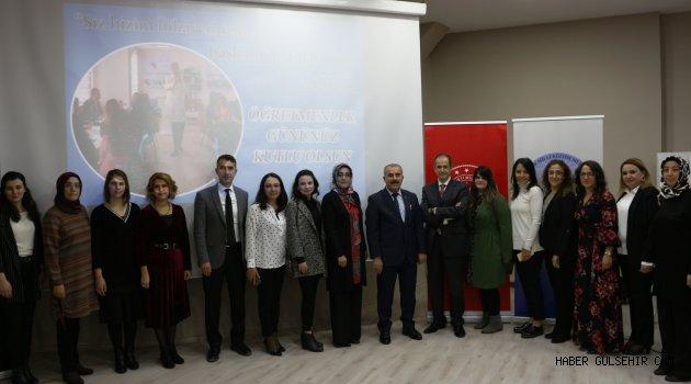 Anadolu Vakfı Öğretmenler Günü Kutlamaları İçin Nevşehir'de