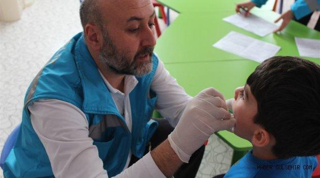 Anaokulu ve İlkokul öğrencilerine Diş Taraması Yapıldı