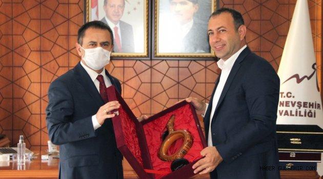 Avanos Belediye Başkanı İbaş'dan Vali Aktaş'a Veda Ziyareti