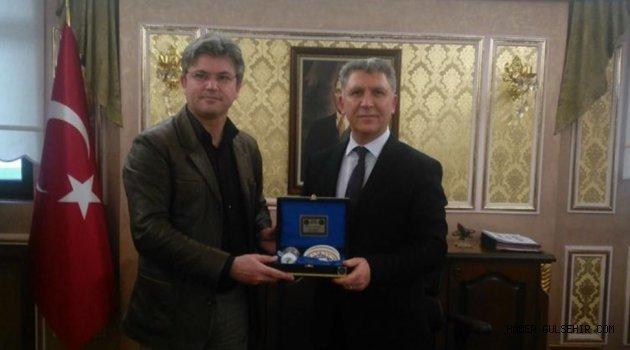 Başkan Ertaş'dan, Eyüp Kaymakamı Dölek'e Ziyaret.