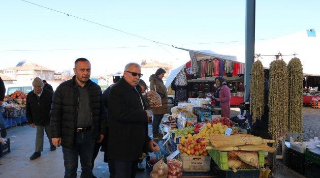 Başkan Karaaslan'dan Salı pazarında fiyat kontrolü.