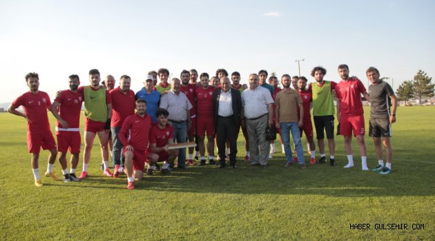 Başkan Ömer Ay'dan Nevşehir Belediye spora destek