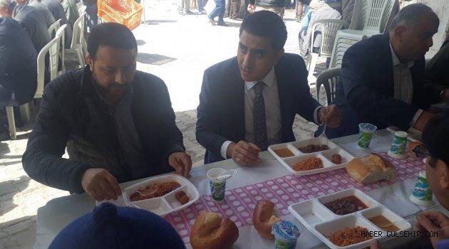 Belediye Başkanı Çiftçi, Muhtar Balcı'nın Düzenlediği Yemeğe Katıldı.