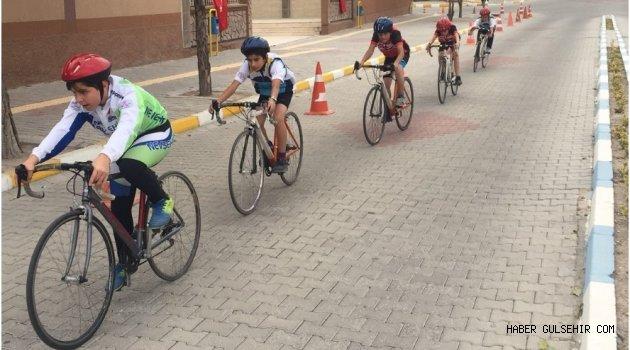 Bisiklet Takımı Madalya İçin Pedal Basacak