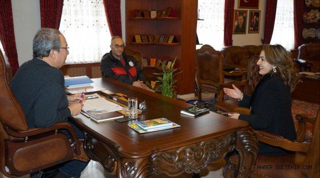 Gazeteci-Yazar Karazorlu, Belediye Başkanı Ünver'i Ziyaret Etti