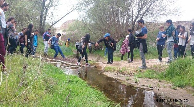 Gülşehir Anadolu Lisesi Doğaya Saygılıyım, Çevreye Duyarlıyım Projesini Gerçekleştirdi.
