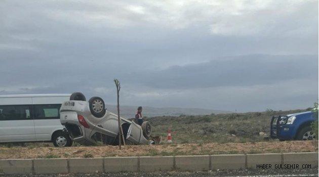 Gülşehir; Tuzköy Mahallesi Yolu Üzerinde Trafik Kazası; 2 Yaralı!