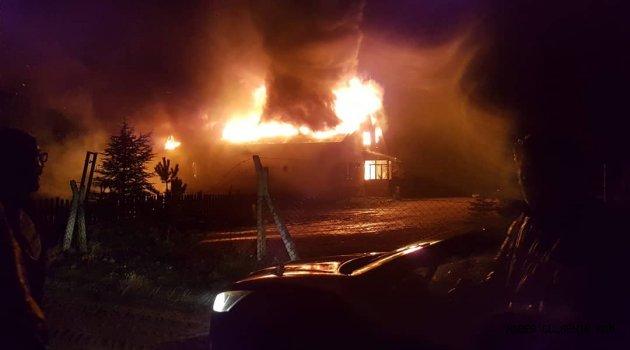 Gülşehir'de Altınok Öz'e ait çiftlikte korkutan yangın