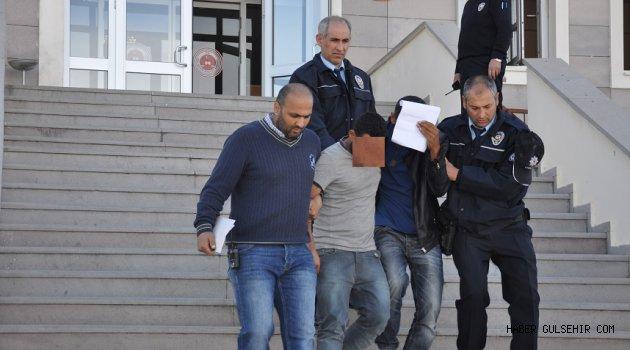 Gülşehir'de Yapılan Operasyon'la Yakalanan 4 Kişi'den 3'ü Tutuklandı.