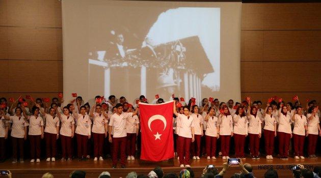 Hemşirelik Bölümü Öğrencileri Üniformalarını Törenle Giydi
