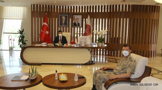 JAKEM Komutanı Altın'dan Rektör Aktekin'e Hayırlı Olsun Ziyareti