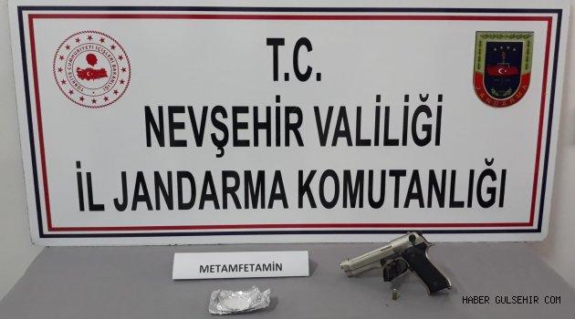 Jandarma, Metamfetamin Maddesi ile 1 Adet Tabanca Ele Geçirdi