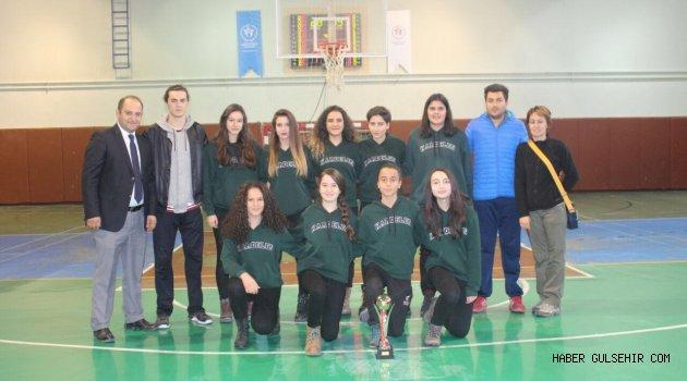 Kardelen, Genç Kızlar Basketbolda da Şampiyon!