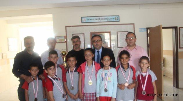 Bocce Müsabakalarında 1.'lik Gülşehir Atatürk İlkokulu'nun