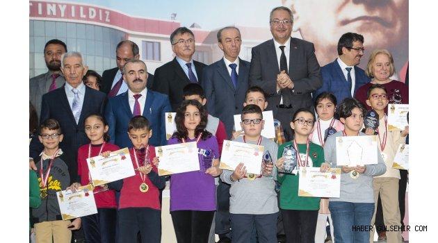 Matematik Olimpiyatında Ödül Günü.