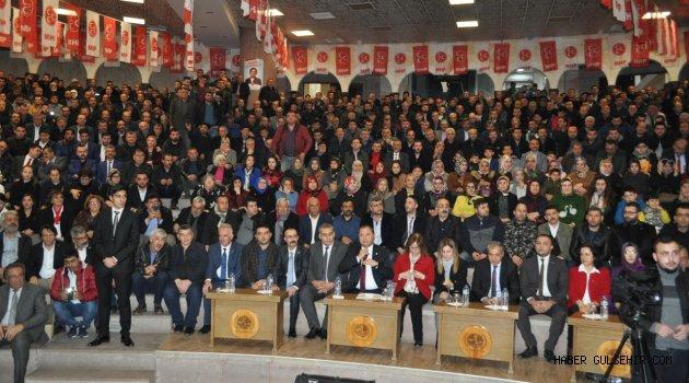 MHP aday tanıtım toplantısında gövde gösterisi yaptı