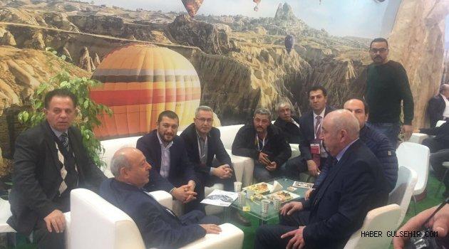 Milletvekili Açıkgöz, EMİTT Fuarında Nevşehir Standlarını ziyaret etti.