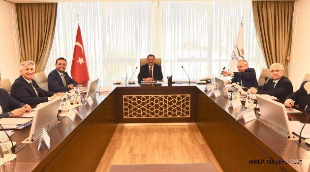 Milletvekili Gizligider ve beraberindeki Nevşehir heyeti'nden Çevre ve Şehircilik Bakanlığına ziyaret.