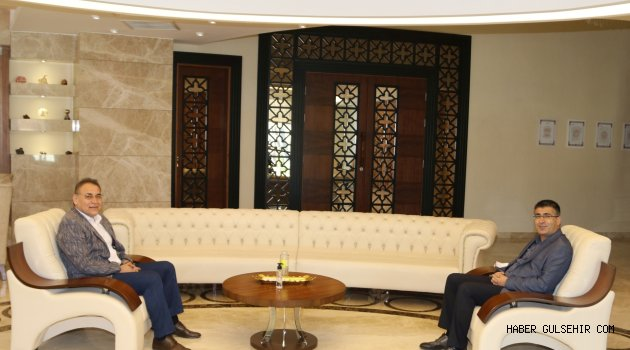 Milletvekili Menekşe'den Rektör Aktekin'e Hayırlı Olsun Ziyareti