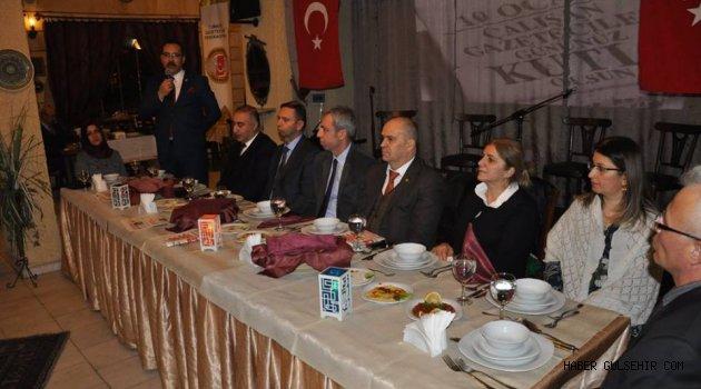 Nevşehir Gazeteciler Cemiyeti Üyeleri Akşam Yemeğinde Biraraya geldi.
