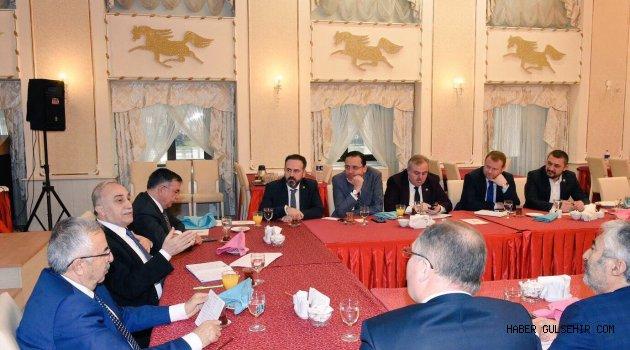 Nevşehir Milletvekilleri; Tarım Bakanı FAKIBABA'nın düzenlediği toplantıya katıldı.