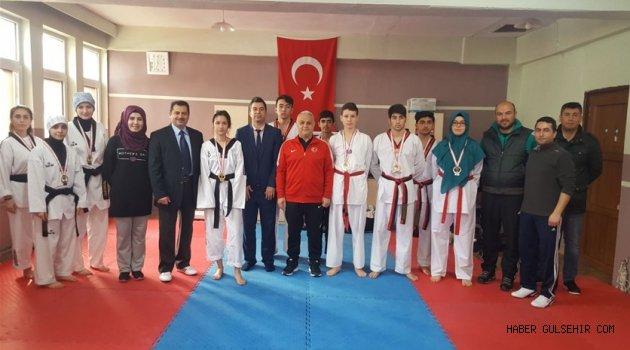 Okul Sporları Taekwondo Müsabakaları Tamamlandı.
