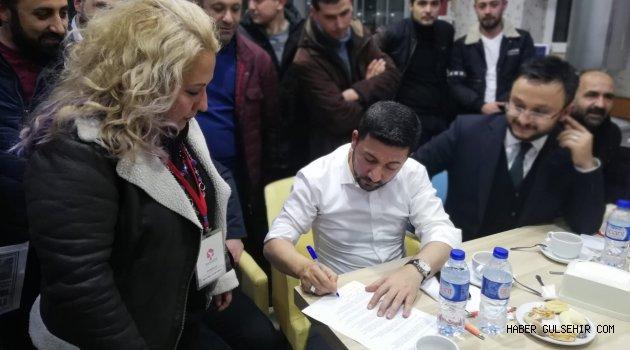 Rasim Arı, 'Hayvan Hakları Taahhütnamesi'ni imzaladı