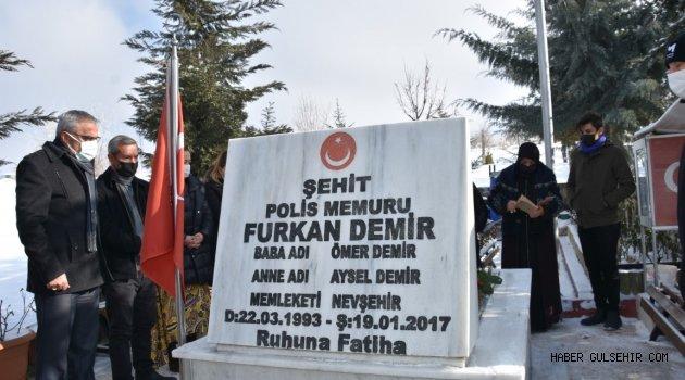 Şehit Polis DEMİR, Sene-i Devriyesinde Mezarı Başında Anıldı.