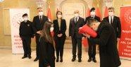18 Mart'ta Çanakkale'de göndere çekilecek ay yıldızlı bayrak Nevşehir'e ulaştı