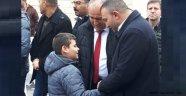 Başkan Türker, gençler ile bire bir ilgileniyor