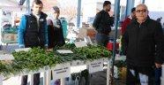 Uçhisar'da Sera Üretimi Ürünler Satışa Sunuldu