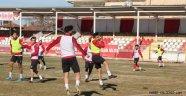 Nevşehir Belediye Spor, Derince Spor Maçına Hazırlanıyor.