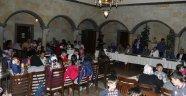 Belediye Başkanı Ünver Ve Milletvekilleri Kardeşlik İftarında Yetimlerle Buluştu
