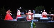 Çin'li sanatçılar ve Ender Balkır Uçhisar'da konser verdi.