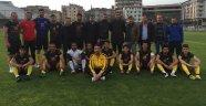 Doç. Dr. Özgür Özdemir, Ürgüpspor'a Forma Hediye etti