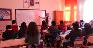 Kardelen Koleji Yarıyıl Tatilinde Kurslara Devam Ediyor