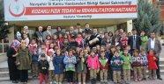 Kozaklı Fizik Tedavi ve Rehabilitasyon Hastanesinde Hasta ve Minik Öğrenciler Fidan Diktiler