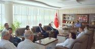 Mesleki Yeterlilik Kurumu Başkan Yardımcısı KARAMAN ve beraberindeki heyet Başkan ÖRDÜ' yü makamında ziyaret etti.