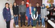 Şırnak-İdil'deki öğrencilerden, Başkan Karaaslan'a teşekkür ziyareti