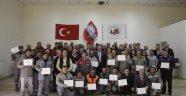 Uçhisar Belediyesi personeli, hizmet içi eğitim sertifikalarını aldı.