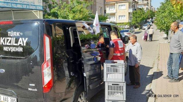 Türk Kızılay'ı Nevşehir Şubesi Ekmek, Maske, Dezenfektan Dağıtımı Gerçekleştirdi.