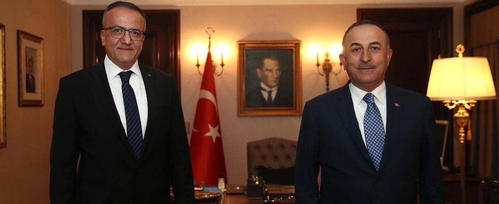 Bakan Çavuşoğlu, Kapadokya Üniversitesinin Canlı Yayın Konuğu Oldu. VİDEO HABER