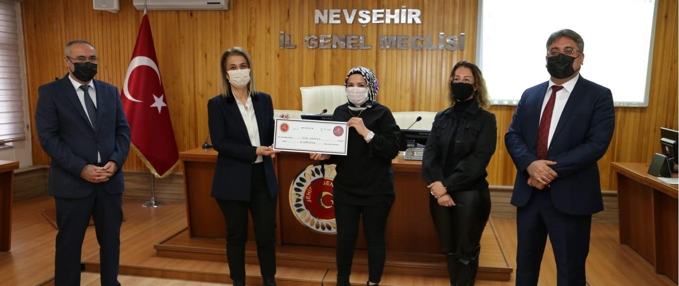 Nevşehir'de 37 Kadın Girişimciye Mikro Kredi Desteği Verildi