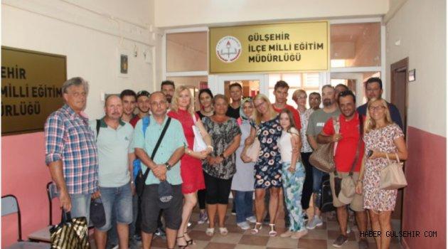 Yabancı Misafirler İlçe Milli Eğitim Müdürü Yılmaz CEYLAN´ı  Ziyaret Etti