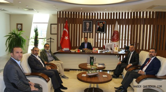 Yazar Recep Garip, Rektör Bağlı'yı ziyaret etti