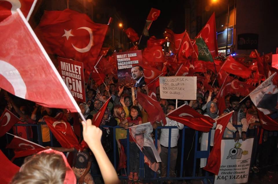 Nevşehir Günler Sonra 35 Bin Kişi ile Hala Meydanlarda