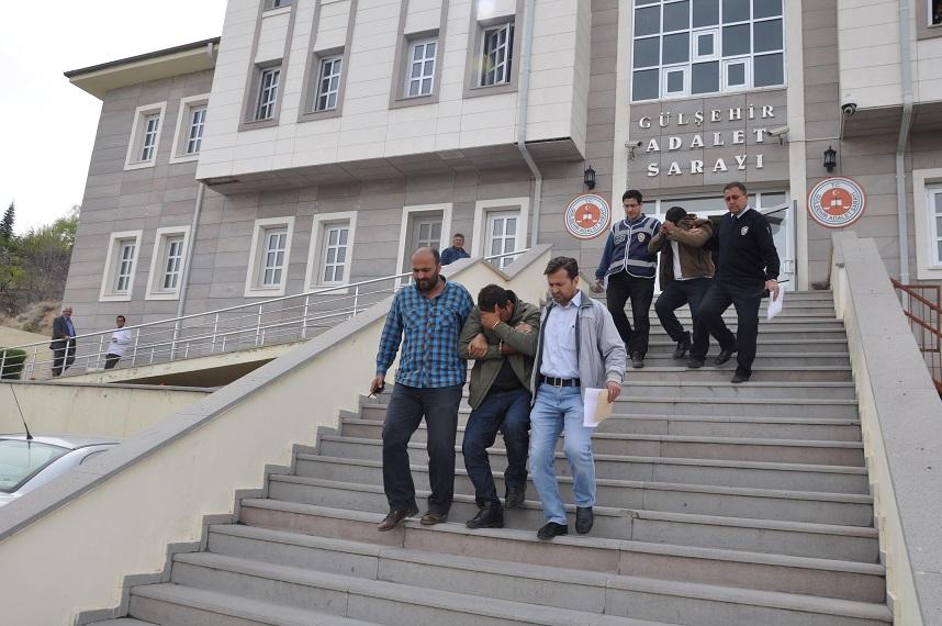 Dolandırıcılık Şüphelisi Şahıslar Tutuklandı. VİDEO HABER
